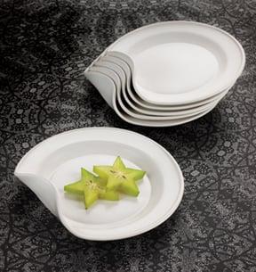 Benta Plates, il piatto curvo di Angela Schwab