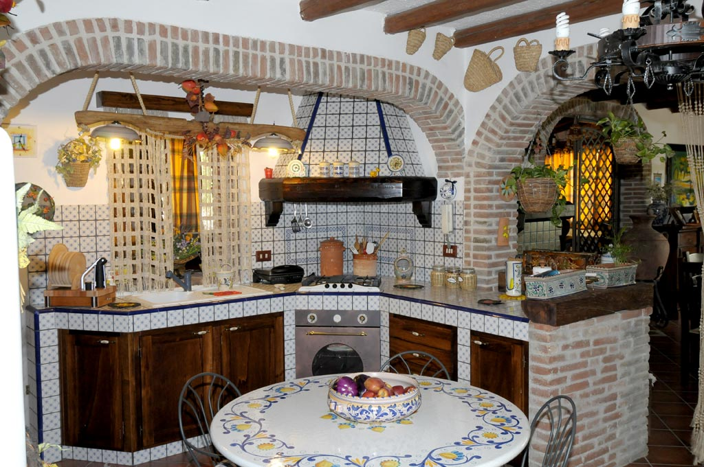 Come Costruire Una Cucina In Finta Muratura. Interesting Trendy ...