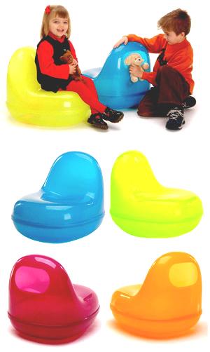 Kapsule Chair di karim Rashid