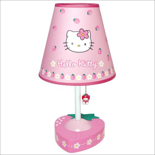 lampada hello kitty da tavolo