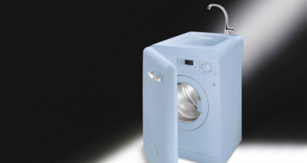 Smeg: lavatrice con lavatoio