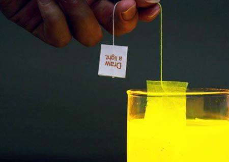 La bustina da tè luminosa
