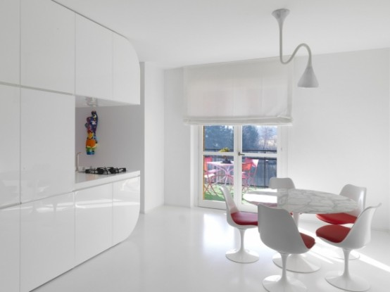 cucina arredo bianco e rosso