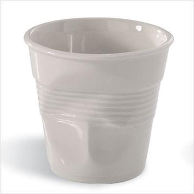 Bicchieri in plastica accartocciati? No, tazzine per caffè!
