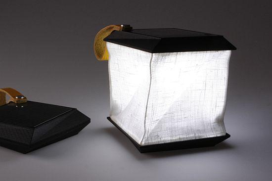 lampada solare da campeggio