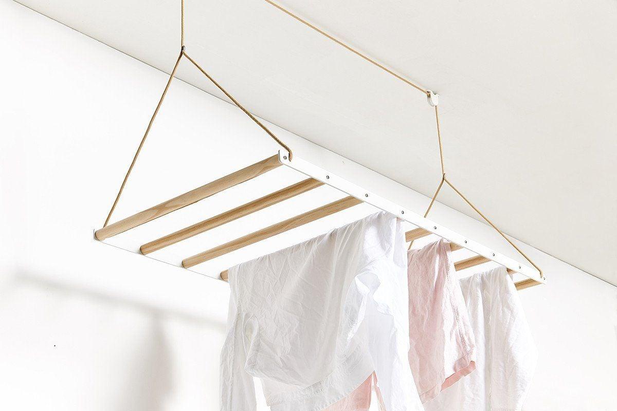 stendibiancheria-soffitto-legno-aperto