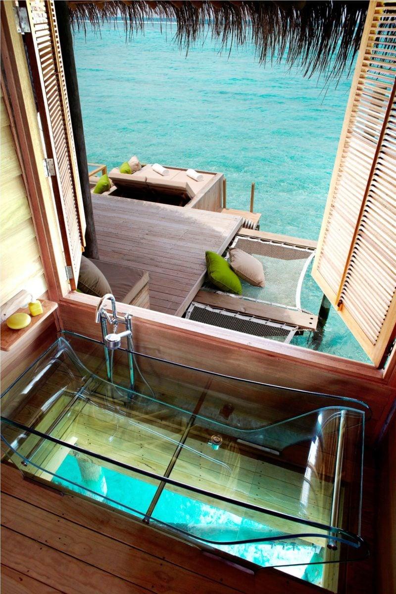 Vasca da bagno trasparente: idee di arredo