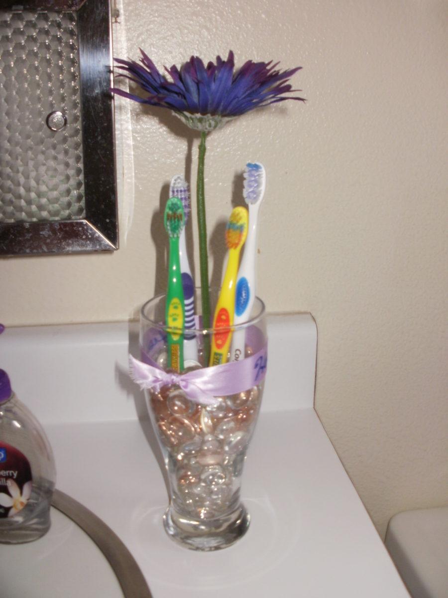 portaspazzolino-bicchiere-sassi