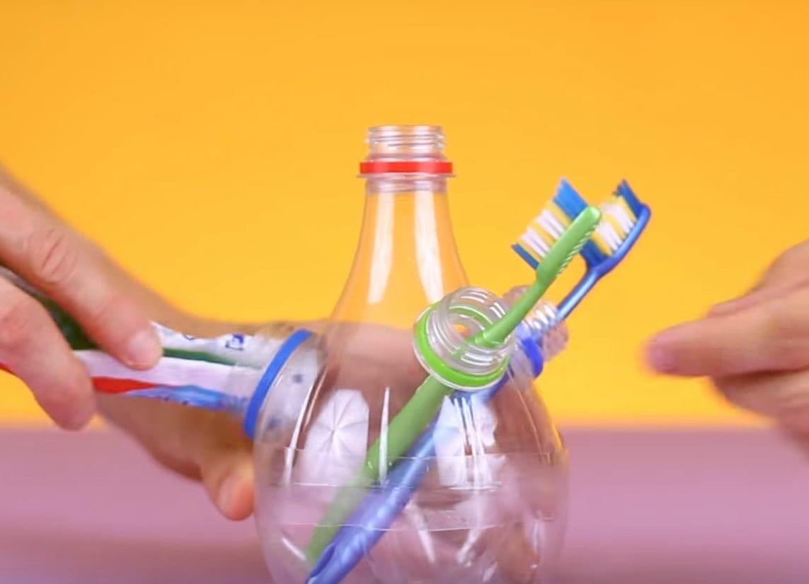 portaspazzolino-bottiglia-plastica