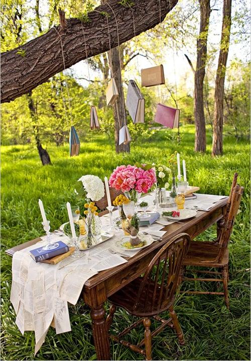 apparecchiare tavola giardino