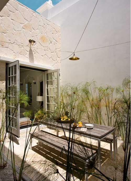 Galleria foto - Apparecchiare la tavola per pranzi e cene in giardino Foto 14
