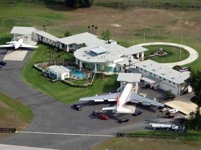 johnTravolta villa con pista atterraggio