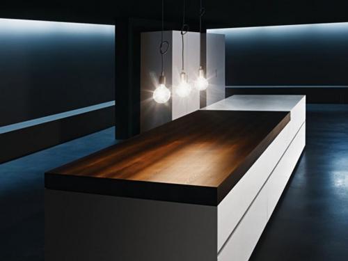 Cucina con bancone tavolo scorrevole - Tavolo lavoro cucina ...
