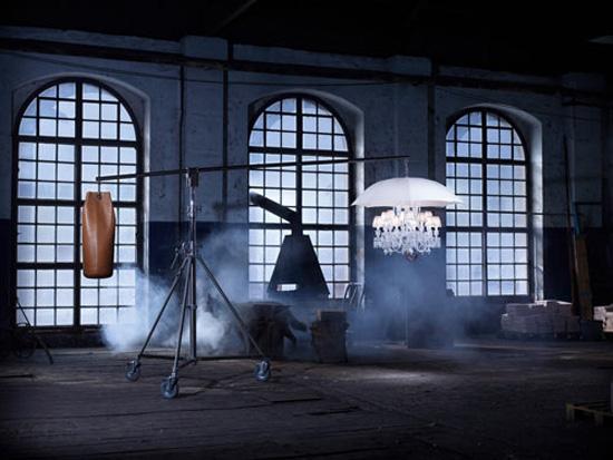 Lampadario: lo stupendo ombrello candelabro di Philippe Starck