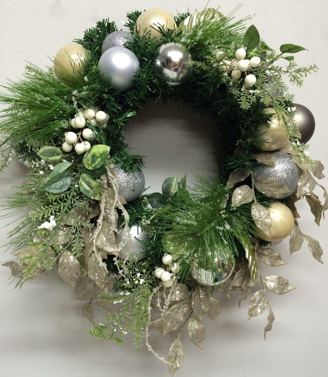 decorazioni-natalizie-verde-ghirlanda