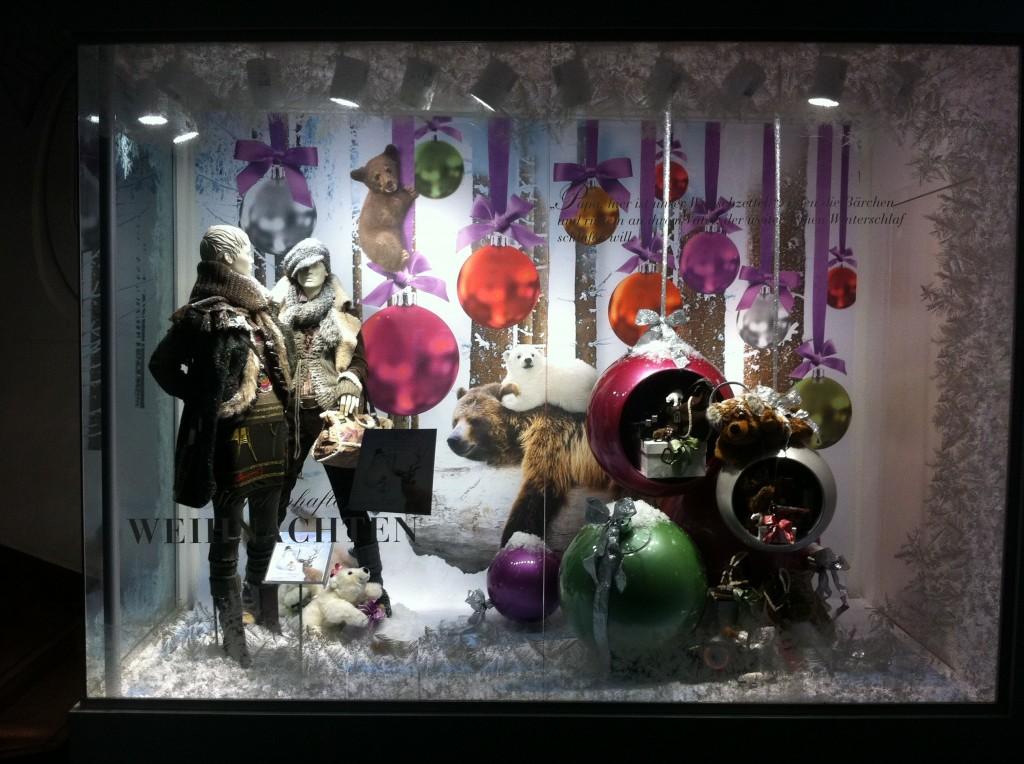 Addobbi natalizi per negozi - Idee per decorazioni natalizie per la casa ...