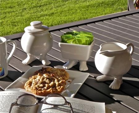 Efeet: prendere il tè con i piedi!