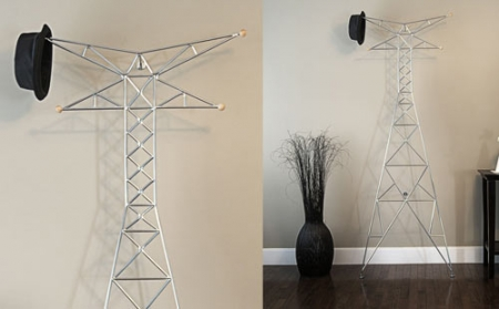 Una torre di trasmissione per attaccapanni!