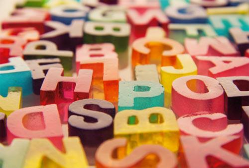 Vaschette per ghiaccio: lettere alfabetiche
