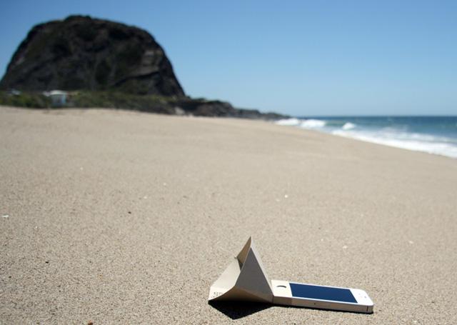 Galleria foto - Eco-amp: l'amplificatore ecologico per iPhone Foto 3