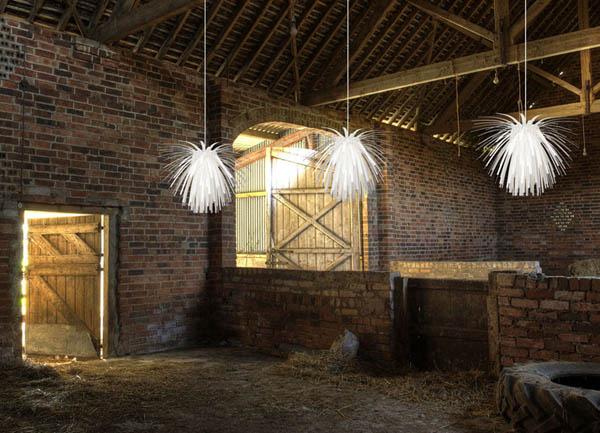 Galleria foto - Una lampada che aleggia nell'aria Foto 1