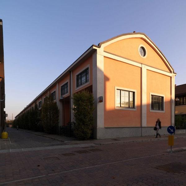 Galleria foto - Ristrutturazione di un ambiente industriale in un loft Foto 1