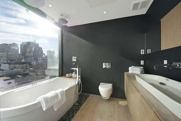 loft moderno vasca da bagno con vista
