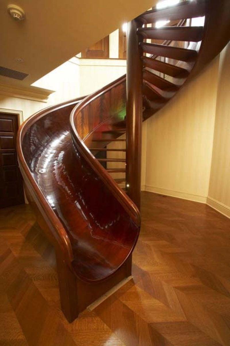scivolo-appartamento-legno-scuro