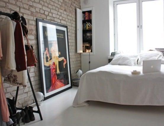 camera da letto parete mattoni 33