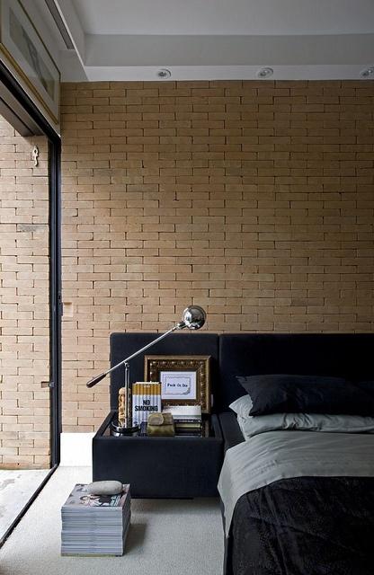 camera da letto parete mattoni 47