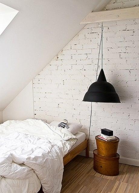 camera da letto parete mattoni 57