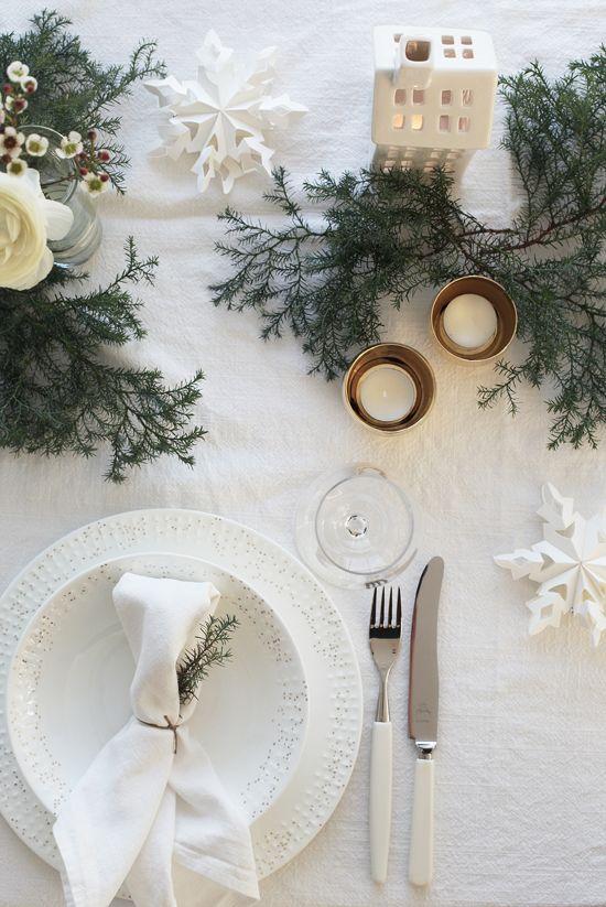 tavola-bianco-natale-