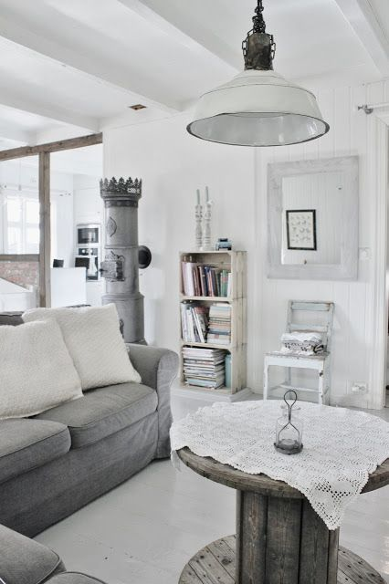 Arredare casa in stile nordico for Arredamento minimalista design