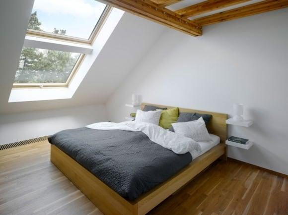Mansarda illuminazione - Camera da letto in mansarda ...