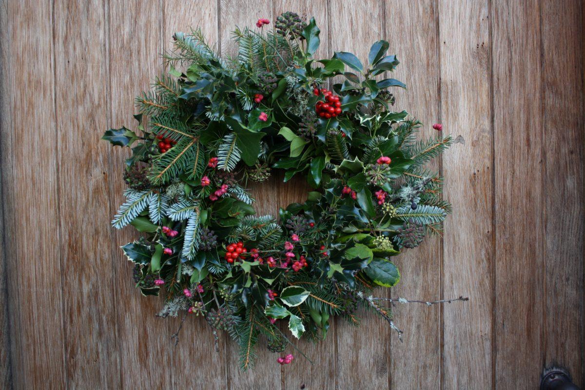 Decorazioni Per Porte Natalizie : Decorazioni natalizie per l ingresso di casa