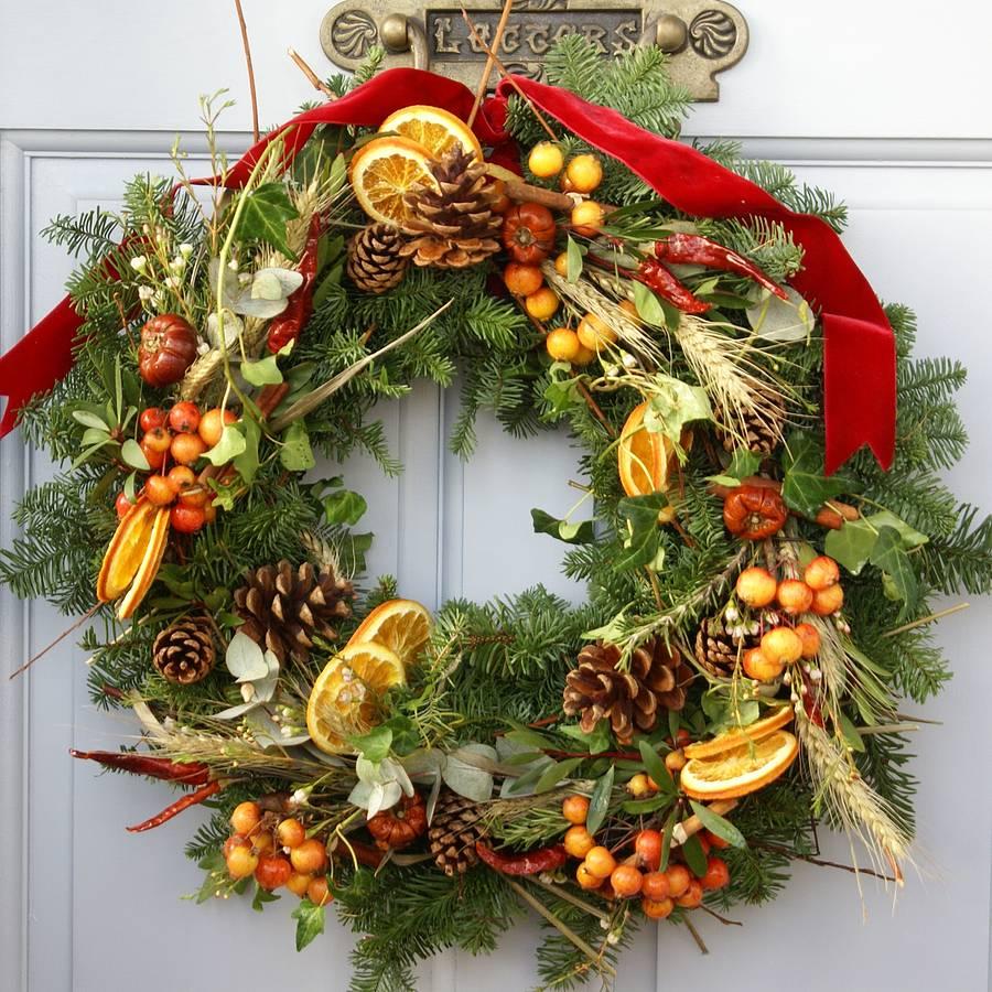 Decorazioni natalizie per l 39 ingresso di casa - Decorazioni natalizie legno fai da te ...