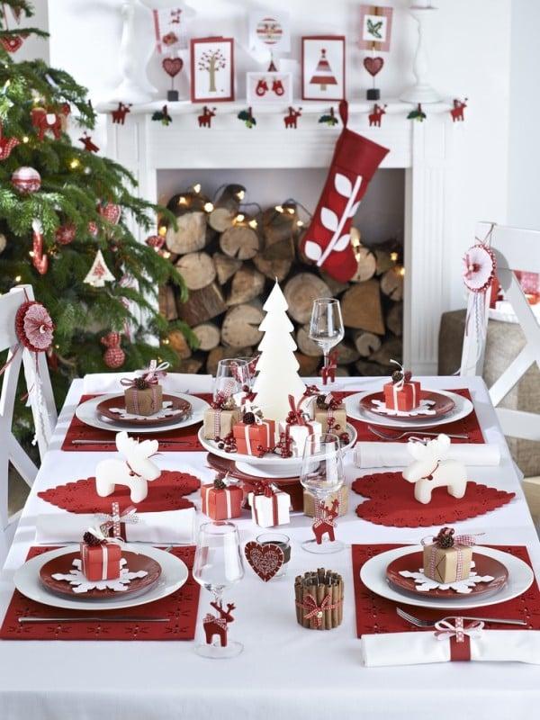 Come Decorare La Tavola Per Natale.Come Decorare La Tavola Di Natale