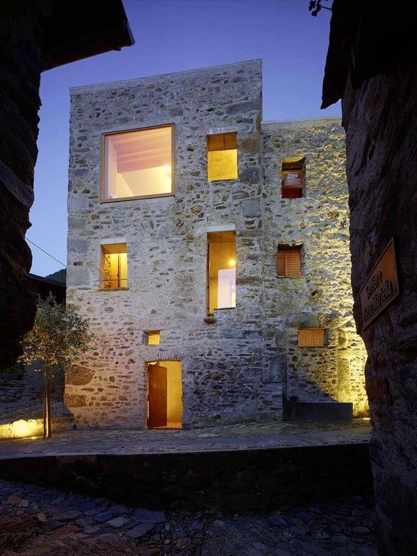 Ristrutturare casa in pietra for Casa moderna in campagna