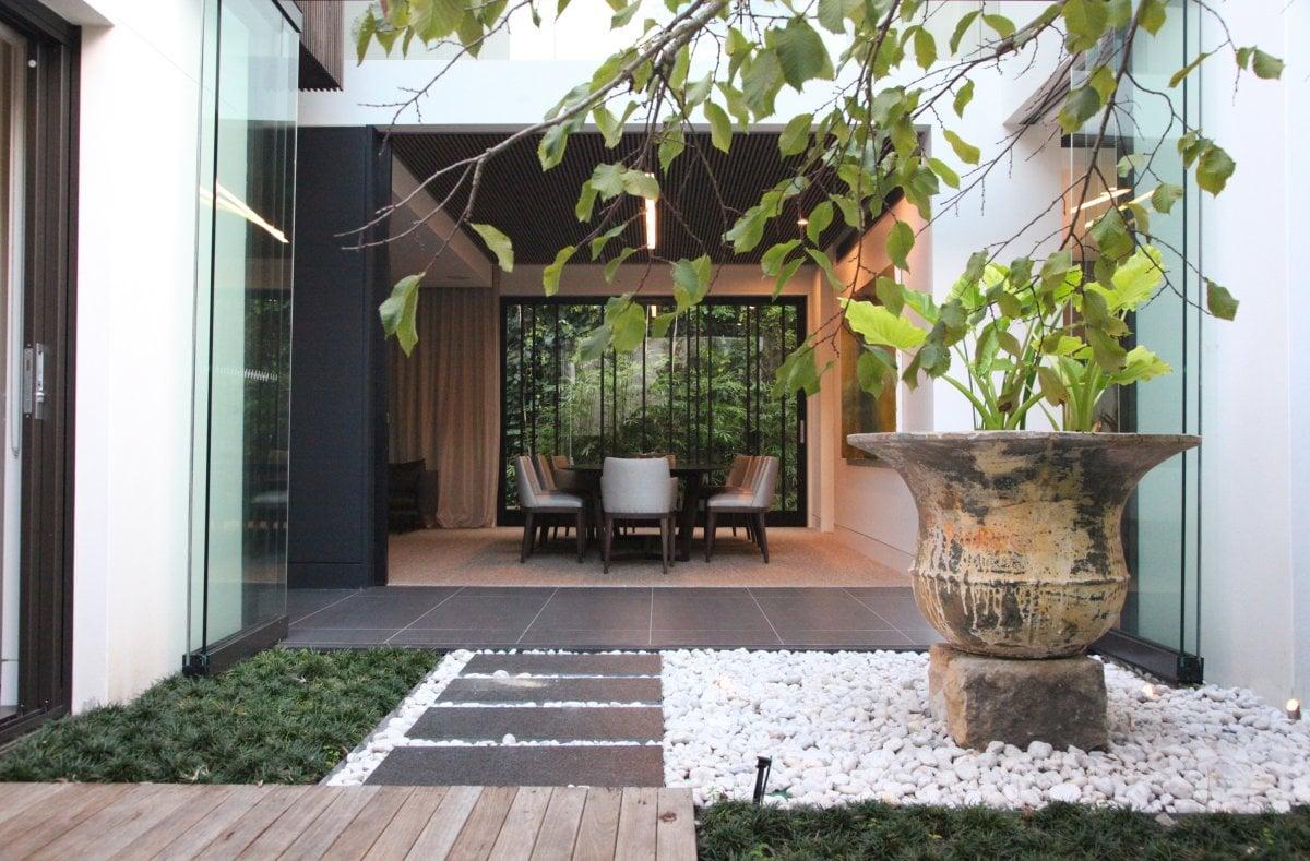 Sistemare Giardino Di Casa come arredare un giardino: consigli utili