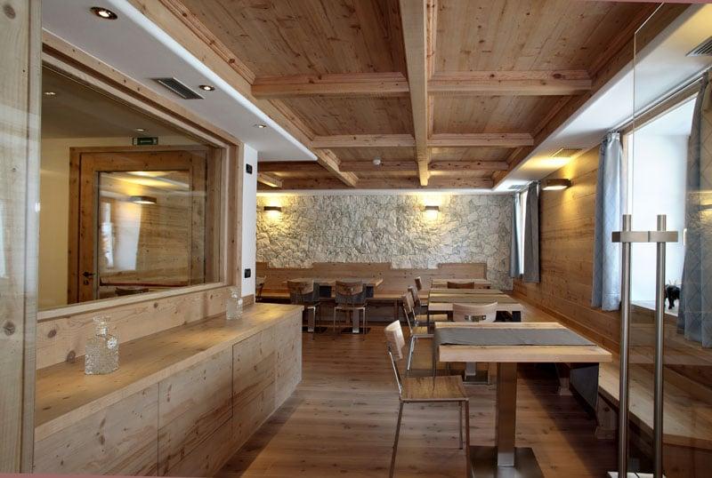 Credenza Per Taverna : Mobili rustici per taverna best cucina with