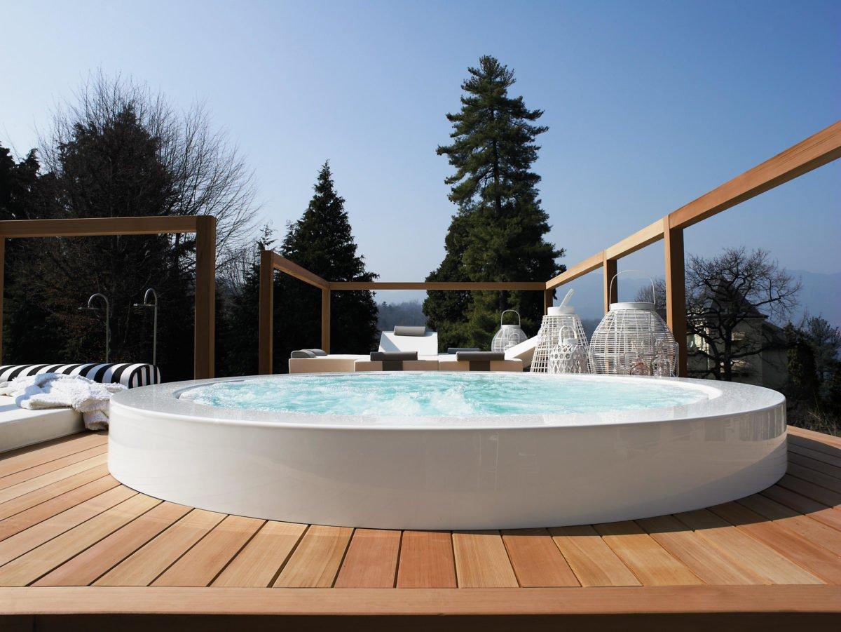 vasca-idromassaggio-esterno-