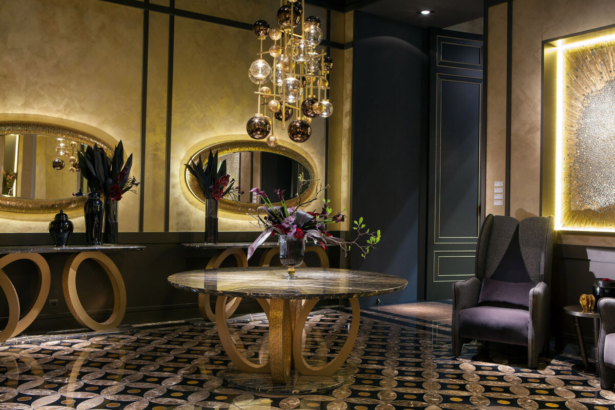 Arredo salotto di lusso fluxus for Mobili di design classico