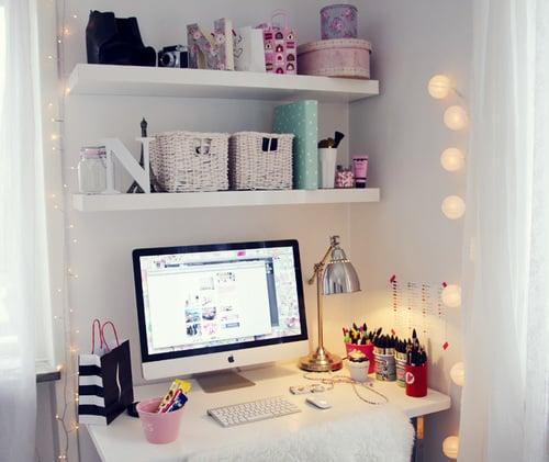 scrivania-atmosfera-luci