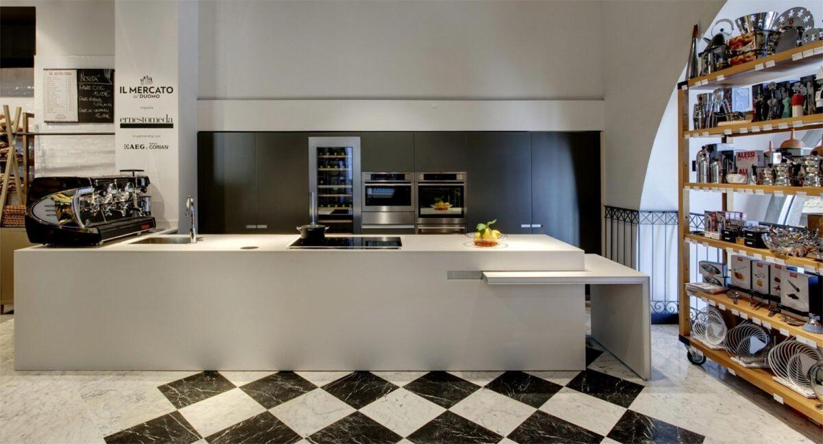 Ernestomeda apre a manchester for Aziende cucine design