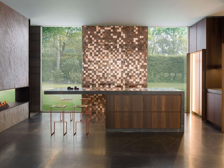 Mosaico in metallo per pavimenti e rivestimenti