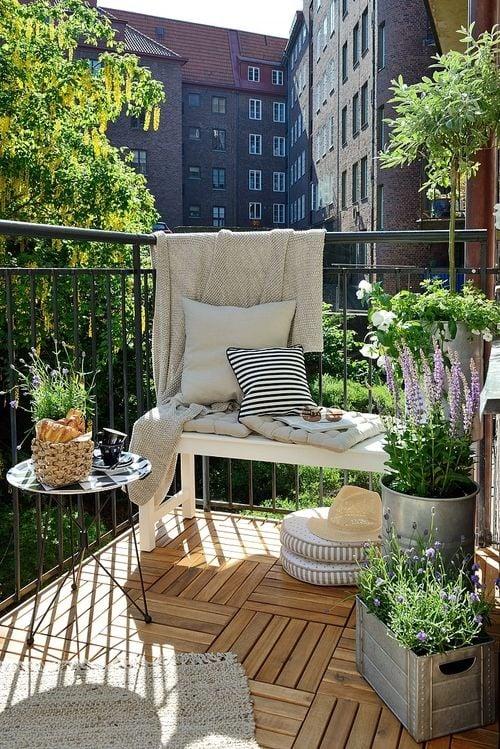 lavanda-fiori-balcone