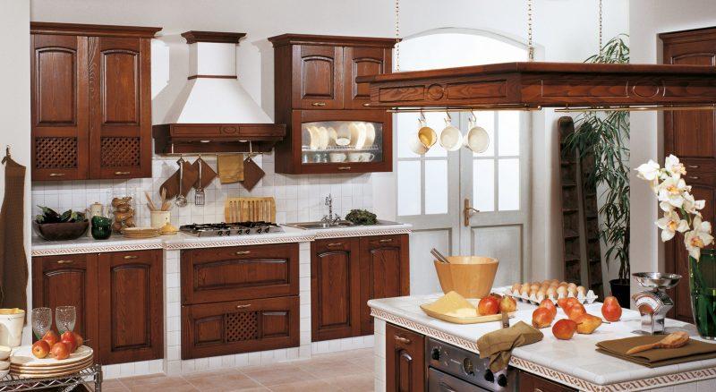 Cucine in legno - Cucine a buon prezzo ...
