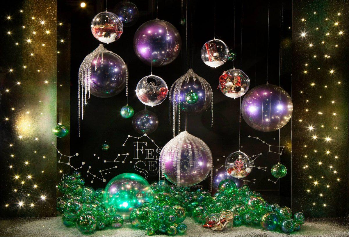 vetrina-natalizia-negozio-scarpe