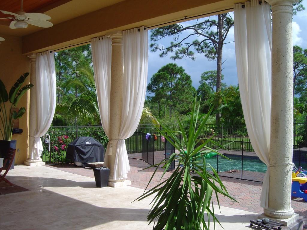 Tende da esterni balconi giardini e terrazzi for Arredo balconi e terrazzi