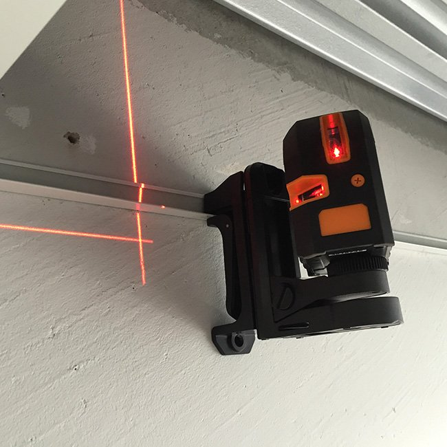 livella-laser